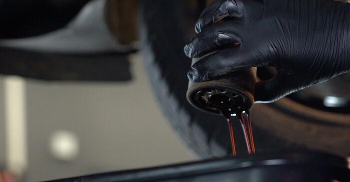 Austauschen Anleitung Ölfilter am Renault Kangoo kc01 2007 D 65 1.9 selbst