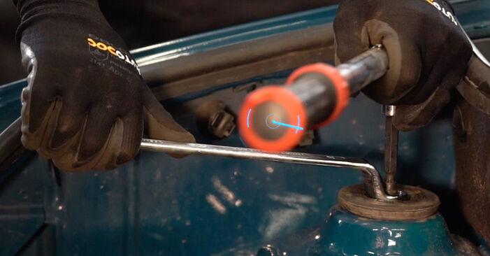 Austauschen Anleitung Stoßdämpfer am Renault Kangoo KC 2007 D 65 1.9 selbst