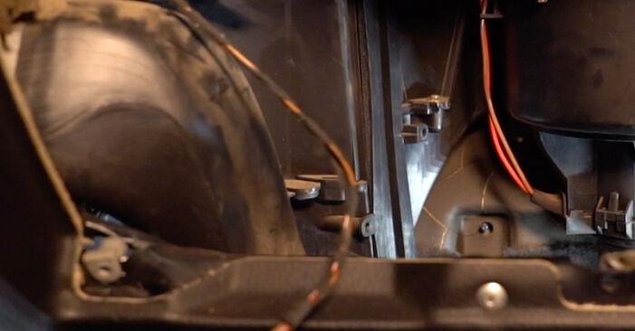 Ersetzen Sie Innenraumfilter am Opel Astra g f48 2008 1.6 16V (F08, F48) selbst