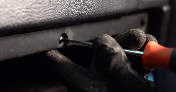 Hinweise des Automechanikers zum Wechseln von OPEL Astra G CC (T98) 1.4 16V (F08, F48) 2000 Innenraumfilter