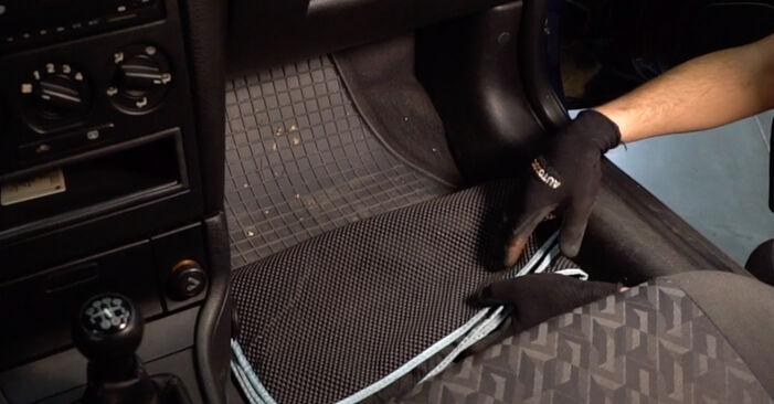 Wie man Innenraumfilter am Opel Astra g f48 1998 ersetzt - Kostenfreie PDF- und Videotipps