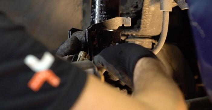 Wechseln Stoßdämpfer am OPEL Astra G CC (T98) 2.0 DTI 16V (F08, F48) 2001 selber