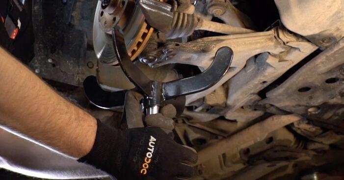 Wie problematisch ist es, selber zu reparieren: Federn beim Opel Astra G CC 2.0 DI (F08, F48) 2004 auswechseln – Downloaden Sie sich bebilderte Tutorials
