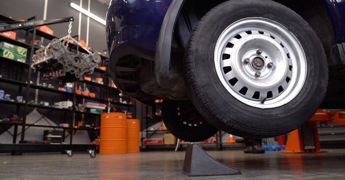 Opel Astra g f48 1.6 (F08, F48) 2000 Spyruoklės keitimas: nemokamos remonto instrukcijos