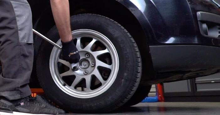 Tausch Tutorial Stoßdämpfer am FORD Focus II Limousine (DB_, FCH, DH) 2017 wechselt - Tipps und Tricks