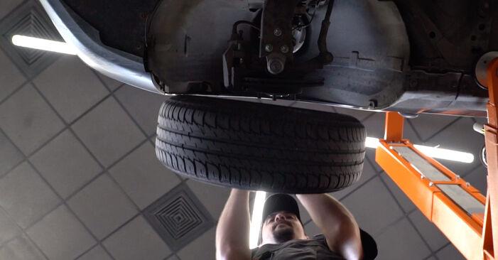 Wie Federn Ford Focus mk2 Limousine 1.6 TDCi 2003 tauschen - Kostenlose PDF- und Videoanleitungen