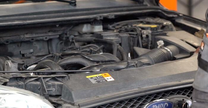 Hvordan skifte Tennplugger på Ford Focus mk2 Sedan 2003 – gratis PDF- og videoveiledninger