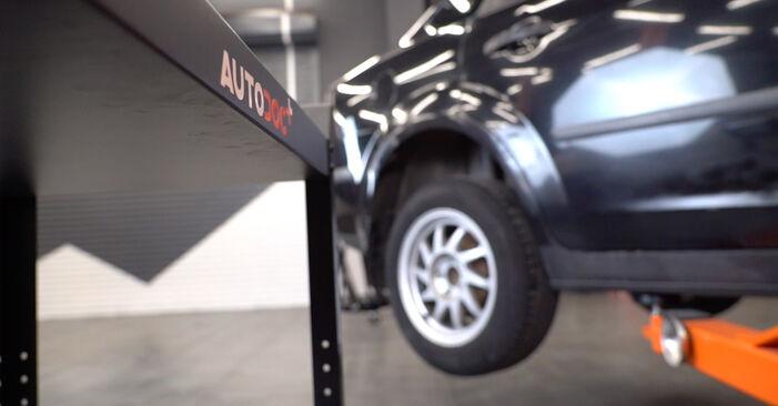 Ford Focus mk2 Limousine 1.8 TDCi 2005 Federn wechseln: Kostenfreie Reparaturwegleitungen