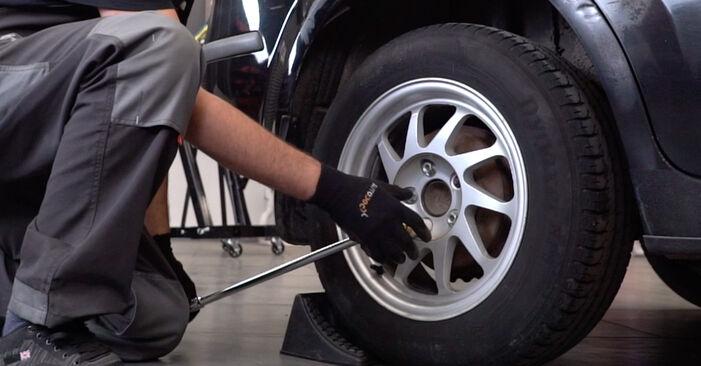 Wie Stoßdämpfer FORD Focus II Limousine (DB_, FCH, DH) 1.8 TDCi 2006 austauschen - Schrittweise Handbücher und Videoanleitungen