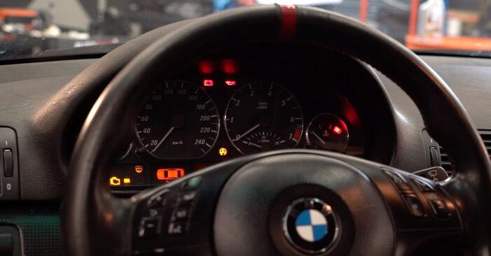 Tausch Tutorial Ölfilter am BMW 3 Cabrio (E46) 2004 wechselt - Tipps und Tricks