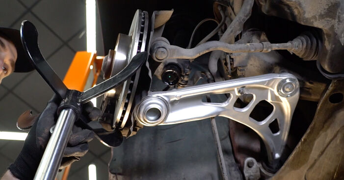 DIY replacement of Shock Absorber on BMW 3 Convertible (E46) 325Ci 2.5 2006 is not an issue anymore with our step-by-step tutorial