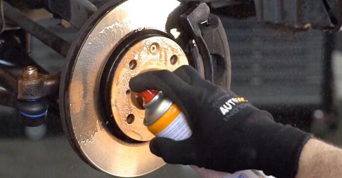 Wie Koppelstange Toyota Aygo AB1 1 2005 tauschen - Kostenlose PDF- und Videoanleitungen