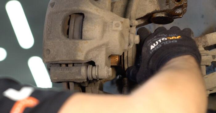 Vanskelighetsgrad: Bytte av Støtdemper på Toyota Aygo ab1 1 2011 – last ned illustrert veiledning