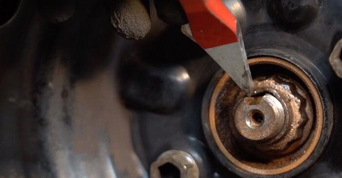 Tidsforbruk: Bytte av Støtdemper på Toyota Aygo ab1 2013 – informativ PDF-veiledning