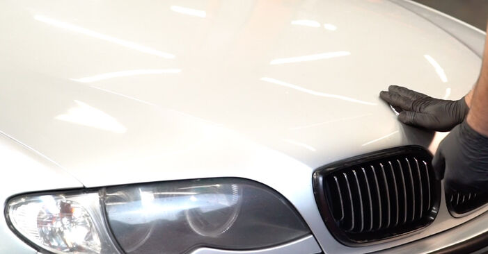 Koppelstange beim BMW 3 SERIES 318i 1.9 1999 selber erneuern - DIY-Manual