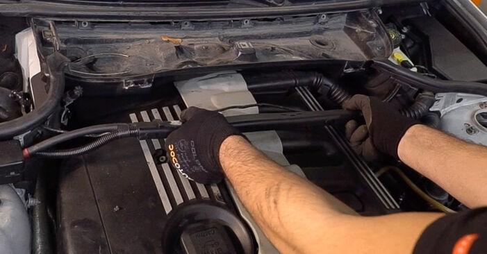 Luftfilter beim BMW 3 SERIES 318i 1.9 1999 selber erneuern - DIY-Manual