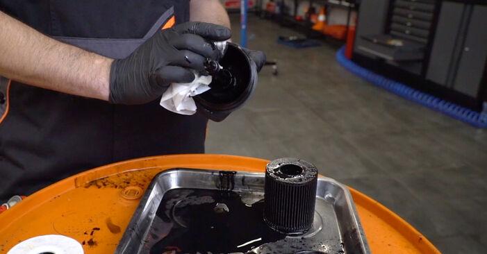 Comment changer Filtre à Huile sur BMW 3 Touring (E46) 2004 - trucs et astuces