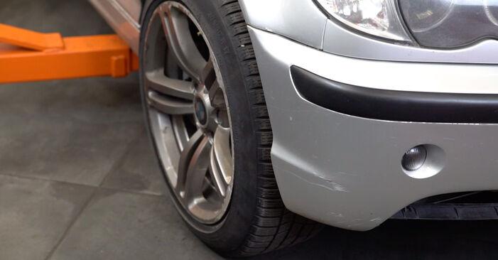Changer Filtre à Huile sur BMW 3 Touring (E46) 318i 2.0 2002 par vous-même