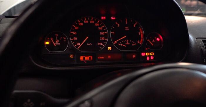 Combien de temps dure le remplacement : Filtre à Huile sur BMW 3 Touring (E46) 2000 - manuel PDF informatif