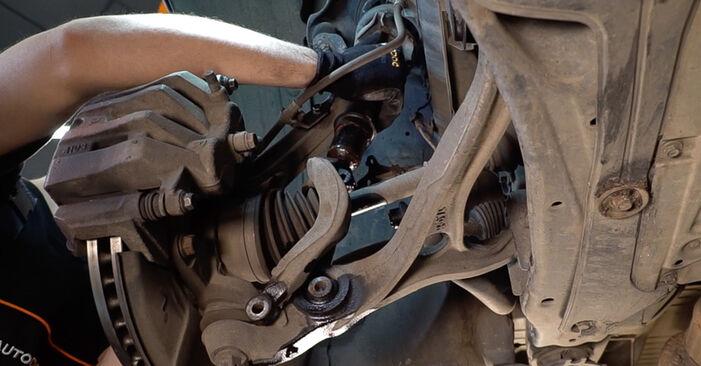 Federn Honda Accord VIII CU 2.4 i (CU2) 2010 wechseln: Kostenlose Reparaturhandbücher
