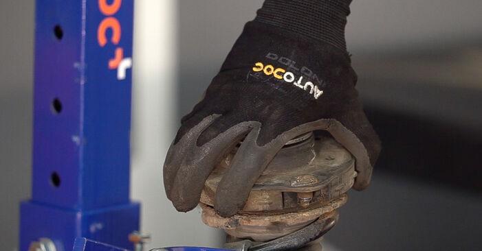 Stoßdämpfer Skoda Fabia 6Y5 1.2 2002 wechseln: Kostenlose Reparaturhandbücher
