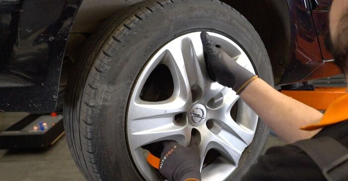 Wechseln Federn am OPEL Astra H Limousine (A04) 1.8 (L69) 2010 selber