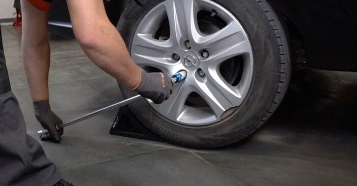 Wie Bremsscheiben OPEL Astra H Limousine (A04) 1.7 CDTi (L69) 2008 austauschen - Schrittweise Handbücher und Videoanleitungen