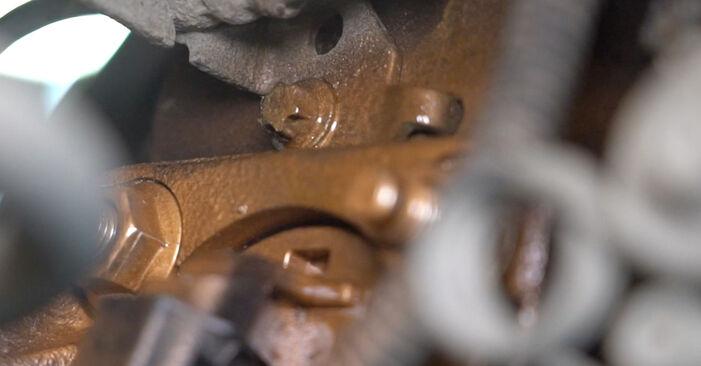 Schritt-für-Schritt-Anleitung zum selbstständigen Wechsel von Opel Astra H Limousine 2012 1.7 CDTI (L69) Bremsscheiben