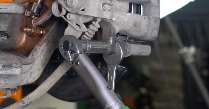 Zweckdienliche Tipps zum Austausch von Bremsscheiben beim OPEL Astra H Limousine (A04) 1.3 CDTi (L69) 2013