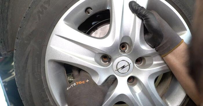 Bremsscheiben Opel Astra H Limousine 1.3 CDTi (L69) 2009 wechseln: Kostenlose Reparaturhandbücher