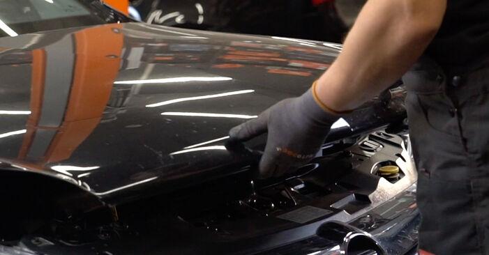 Wie schwer ist es, selbst zu reparieren: Bremsscheiben Opel Astra H Limousine 1.6 (L69) 2013 Tausch - Downloaden Sie sich illustrierte Anleitungen