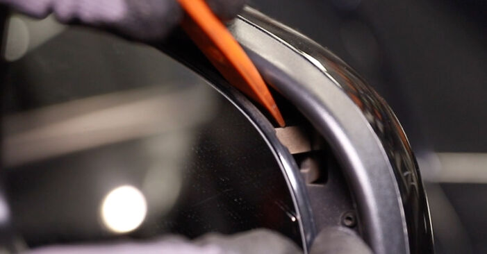 Wie Spiegelglas OPEL Astra H Limousine (A04) 1.7 CDTi (L69) 2008 austauschen - Schrittweise Handbücher und Videoanleitungen