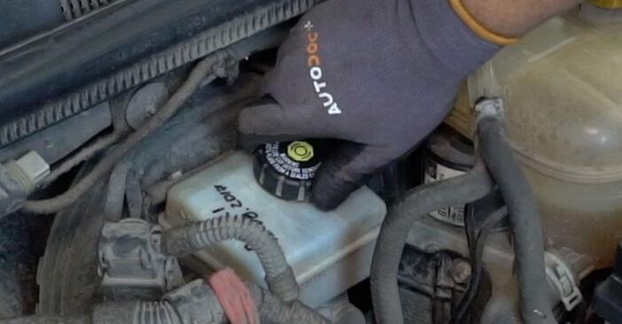 Opel Astra H Sedanas 2009 1.6 (L69) Stabdžių Kaladėlės keitimas savarankiškai