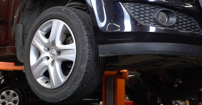 Opel Astra H Sedanas 1.7 CDTi (L69) 2009 Stabdžių Kaladėlės keitimas: nemokamos remonto instrukcijos