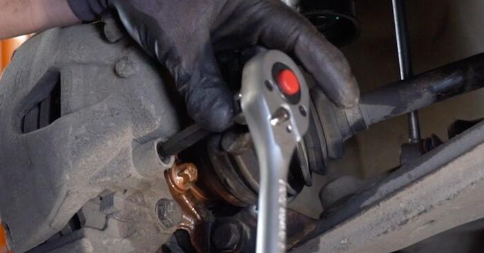 Ar sudėtinga pasidaryti pačiam: Opel Astra H Sedanas 1.6 (L69) 2013 Stabdžių Kaladėlės keitimas - atsisiųskite iliustruotą instrukciją