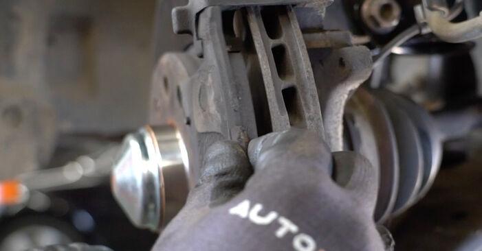Opel Astra H Sedanas 2009 1.6 (L69) Stabdžių diskas keitimas savarankiškai