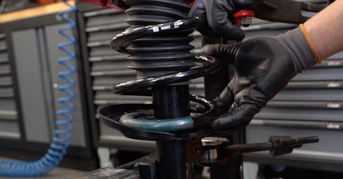Stoßdämpfer beim OPEL ASTRA 1.7 CDTi (L69) 2014 selber erneuern - DIY-Manual