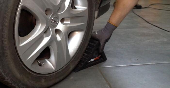 Schritt-für-Schritt-Anleitung zum selbstständigen Wechsel von Opel Astra H Limousine 2012 1.7 CDTI (L69) Stoßdämpfer