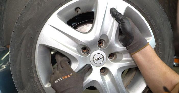 Как се сменя Колесен лагер на Opel Astra H Седан 2007 - безплатни PDF и видео уроци