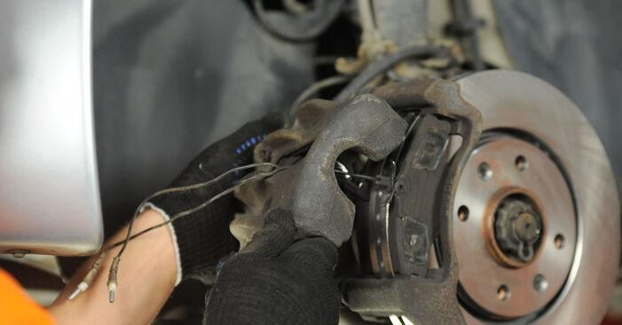 PEUGEOT 406 1.8 16V Bremsscheiben ausbauen: Anweisungen und Video-Tutorials online