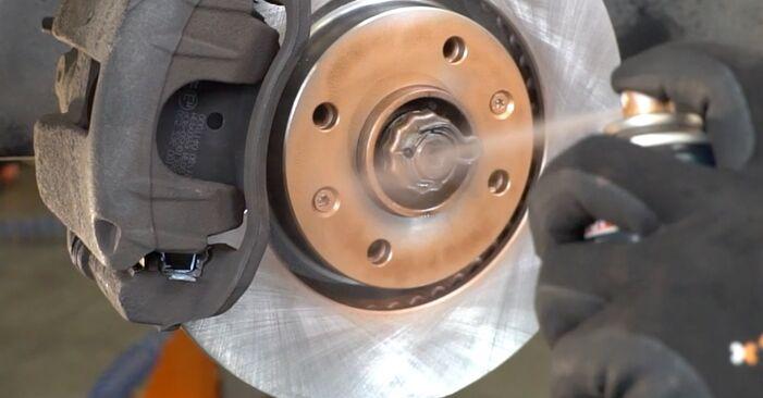 Wie Bremsscheiben PEUGEOT 406 (8B) 1.8 16V 1996 austauschen - Schrittweise Handbücher und Videoanleitungen
