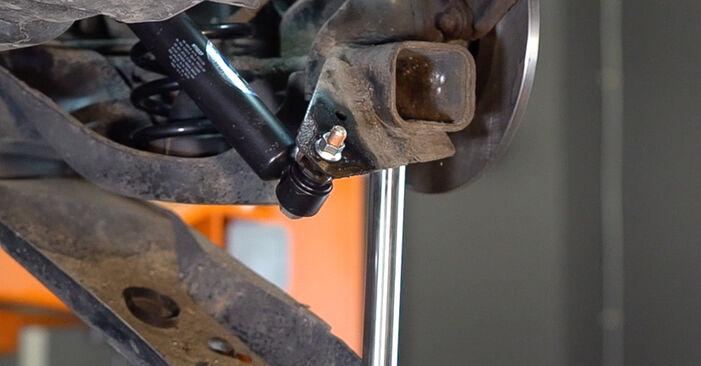 Stufenweiser Leitfaden zum Teilewechsel in Eigenregie von Renault Scenic 2 2008 2.0 Federn