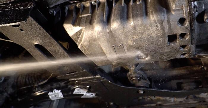 Hvordan skifte Oljefilter på Renault Scenic 2 2003 – gratis PDF- og videoveiledninger