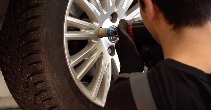Wie schwer ist es, selbst zu reparieren: Stoßdämpfer FIAT BRAVO II (198) 1.9 D Multijet 2012 Tausch - Downloaden Sie sich illustrierte Anleitungen