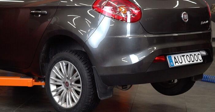 Stoßdämpfer am FIAT BRAVO II (198) 2.0 D Multijet 2011 wechseln – Laden Sie sich PDF-Handbücher und Videoanleitungen herunter