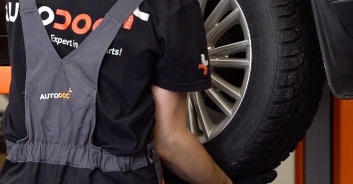 Stoßdämpfer beim FIAT BRAVA 1.6 D Multijet 2013 selber erneuern - DIY-Manual