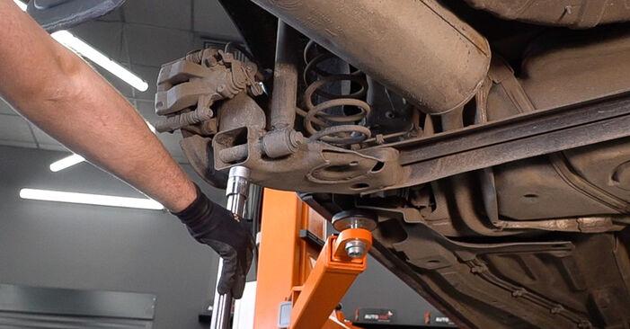 Stoßdämpfer Ihres FIAT BRAVO II (198) 1.4 2014 selbst Wechsel - Gratis Tutorial