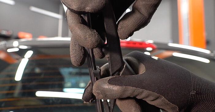 Смяна на FIAT BRAVO II (198) 1.6 D Multijet 2008 Перо на чистачка: безплатни наръчници за ремонт