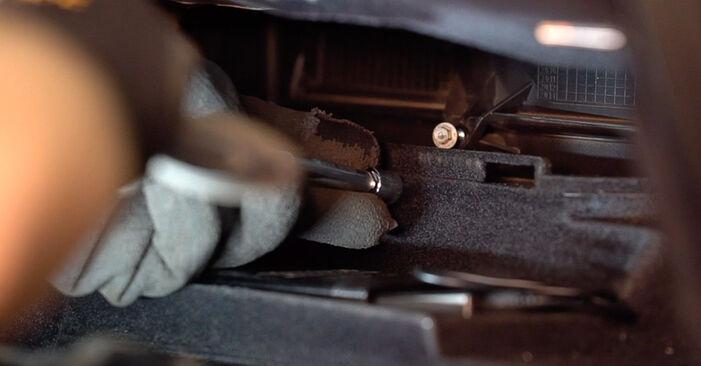 Svépomocná výměna Kabinovy filtr na ALFA ROMEO 159 Sportwagon (939) 1.9 JTDM 8V 2009