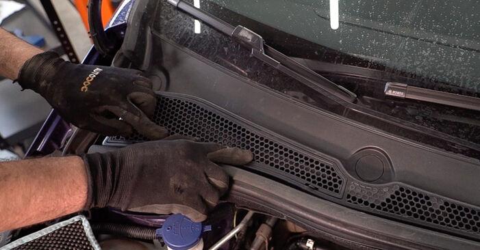 Schritt-für-Schritt-Anleitung zum selbstständigen Wechsel von Peugeot 208 1 2015 1.0 Federn
